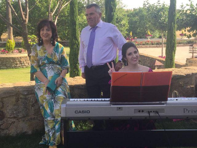 La boda de Sandra  y Carlos  en Trujillo, Cáceres 5