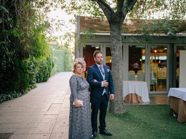 La boda de Marcos y Leticia en Granada, Granada 35