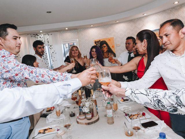 La boda de César y Valeska en Oliva, Valencia 24