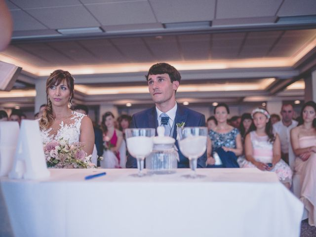 La boda de Abraham y Naiara en Donostia-San Sebastián, Guipúzcoa 18
