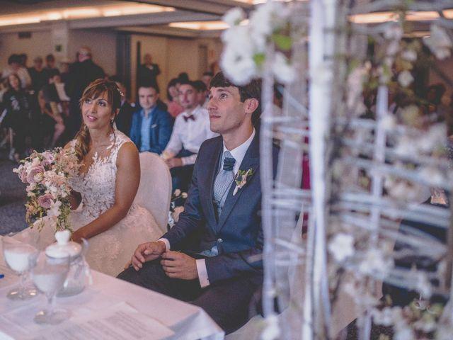 La boda de Abraham y Naiara en Donostia-San Sebastián, Guipúzcoa 19