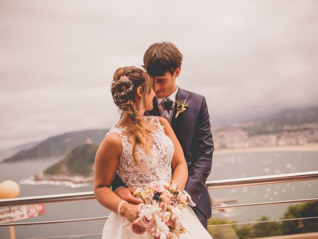 La boda de Abraham y Naiara en Donostia-San Sebastián, Guipúzcoa 40