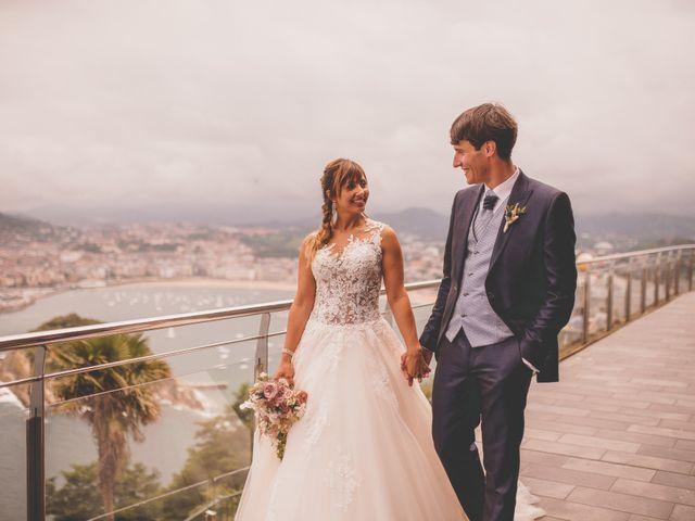 La boda de Abraham y Naiara en Donostia-San Sebastián, Guipúzcoa 41