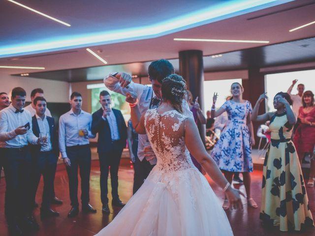 La boda de Abraham y Naiara en Donostia-San Sebastián, Guipúzcoa 44