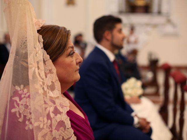 La boda de Encarni y Jorge en Torre Del Mar, Málaga 10