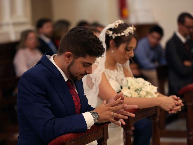 La boda de Encarni y Jorge en Torre Del Mar, Málaga 15
