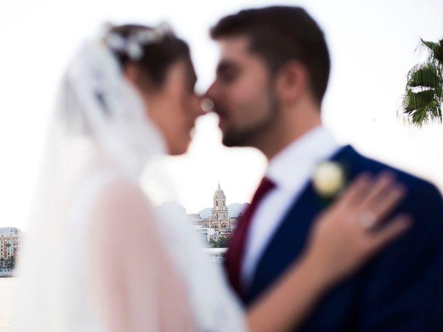 La boda de Encarni y Jorge en Torre Del Mar, Málaga 20