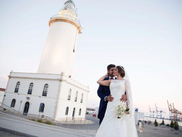 La boda de Encarni y Jorge en Torre Del Mar, Málaga 21