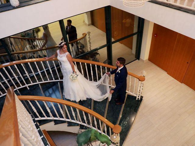 La boda de Encarni y Jorge en Torre Del Mar, Málaga 65