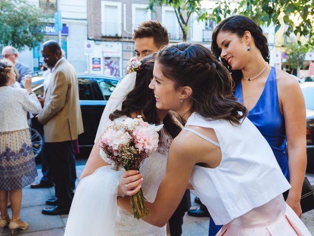 La boda de Manuel y Blanca en Madrid, Madrid 31