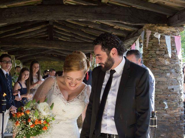 La boda de Toni y Pati en Viladavil (Santa Maria), A Coruña 20