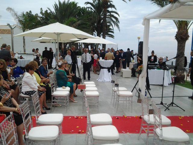 La boda de Javier y Daniela en Torrevieja, Alicante 8
