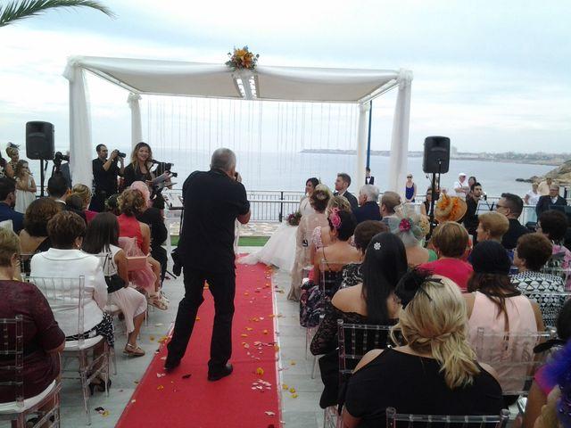 La boda de Javier y Daniela en Torrevieja, Alicante 10
