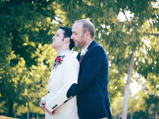 La boda de Alvaro y Sam en Madrid, Madrid 16