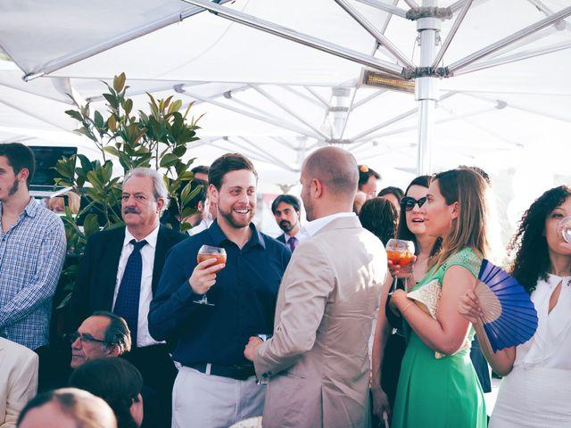 La boda de Alvaro y Sam en Madrid, Madrid 23