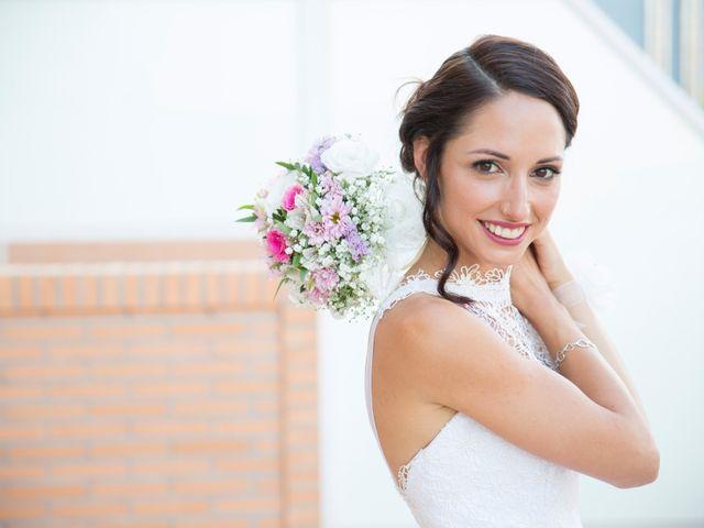 La boda de Fernando y Aroa en Valencia, Valencia 17