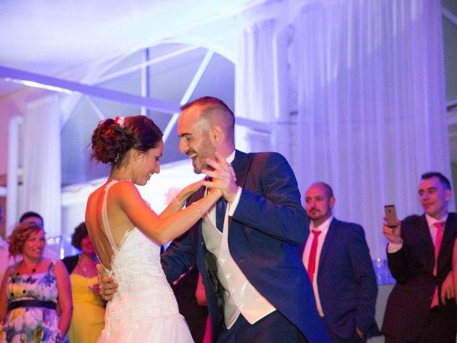 La boda de Fernando y Aroa en Valencia, Valencia 40