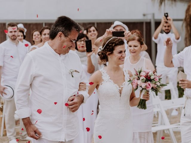 La boda de Walter  y Isa  en Malgrat De Mar, Barcelona 10