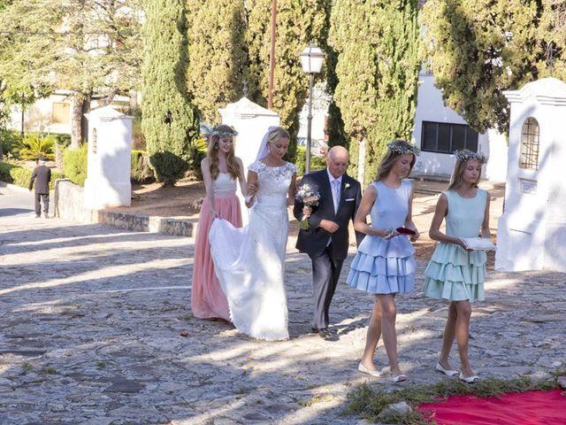 La boda de Damian y Kasia en Adzaneta De Albaida, Valencia 32