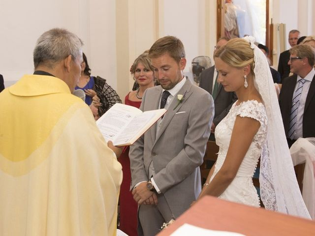 La boda de Damian y Kasia en Adzaneta De Albaida, Valencia 42