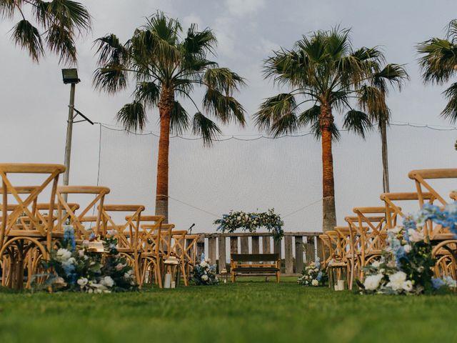 La boda de Chiqui y Andrea en Roquetas De Mar, Almería 38