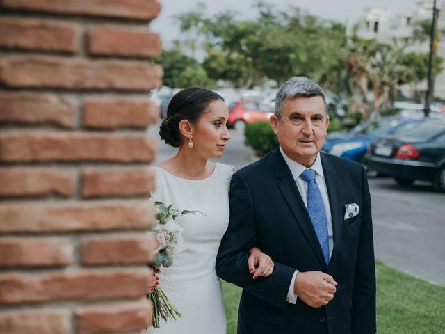 La boda de Chiqui y Andrea en Roquetas De Mar, Almería 43