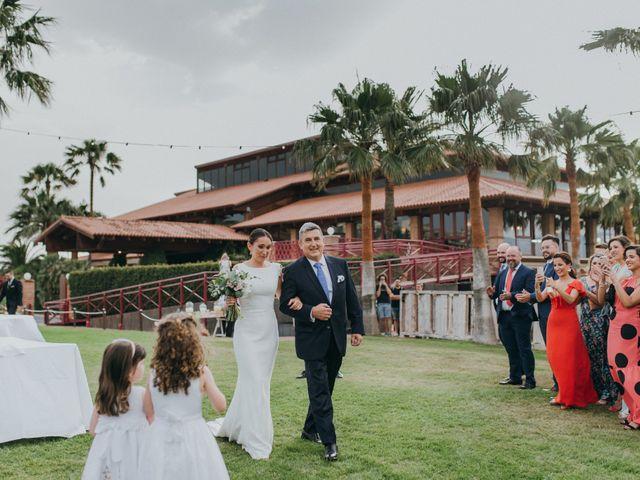 La boda de Chiqui y Andrea en Roquetas De Mar, Almería 47