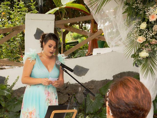 La boda de Jorge y Carmen en Santa Ursula, Santa Cruz de Tenerife 11