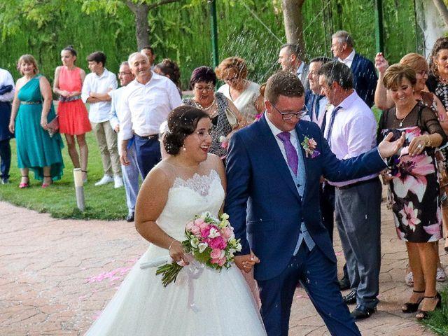 La boda de Emilio  y María en Villarrobledo, Albacete 12