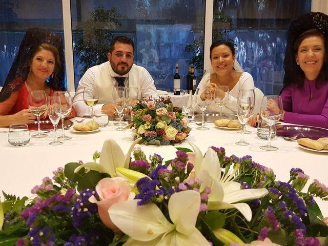 La boda de Manuel y Anabel en Sevilla, Sevilla 2