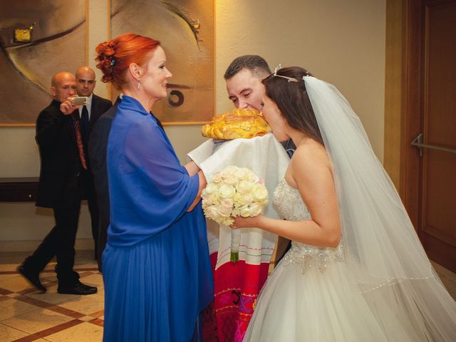 La boda de Kirill  y Anastasia en Almería, Almería 41