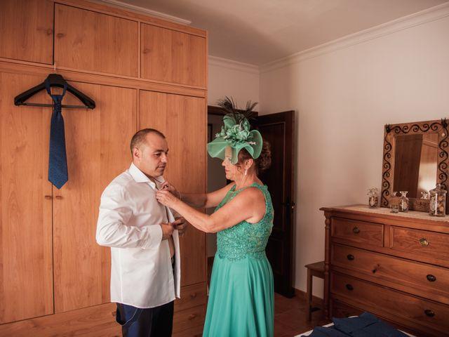 La boda de Manolo y Rocío en Villaluenga Del Rosario, Cádiz 7