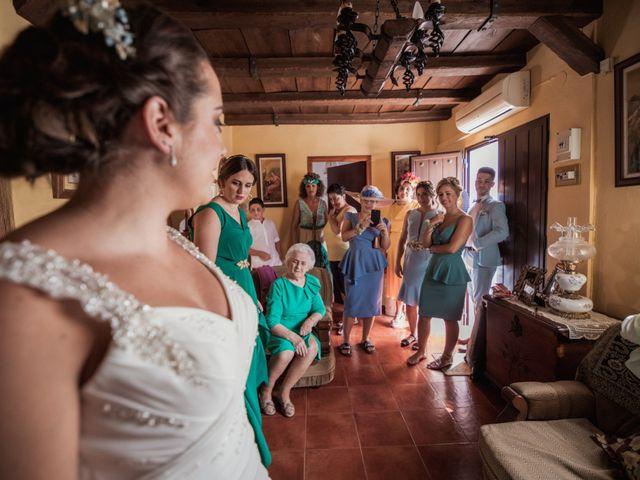 La boda de Manolo y Rocío en Villaluenga Del Rosario, Cádiz 13