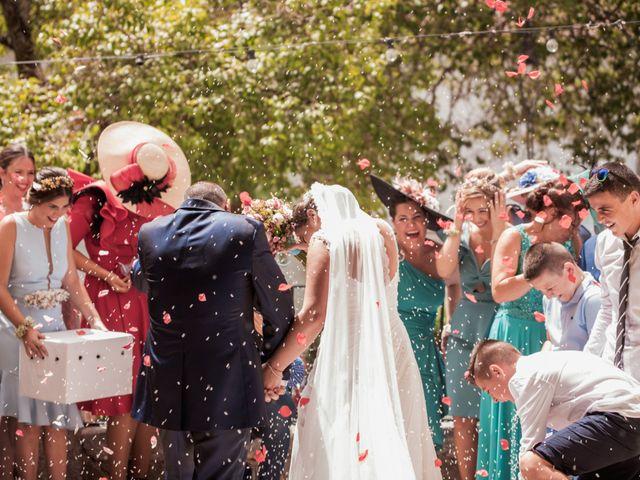 La boda de Manolo y Rocío en Villaluenga Del Rosario, Cádiz 16