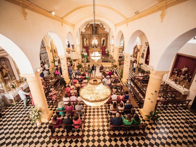 La boda de Manolo y Rocío en Villaluenga Del Rosario, Cádiz 19