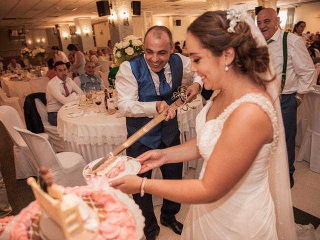 La boda de Manolo y Rocío en Villaluenga Del Rosario, Cádiz 37
