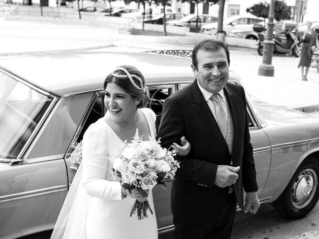 La boda de César y Beatriz en La Carlota, Córdoba 32