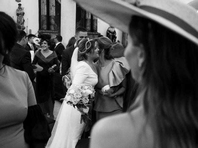 La boda de César y Beatriz en La Carlota, Córdoba 48