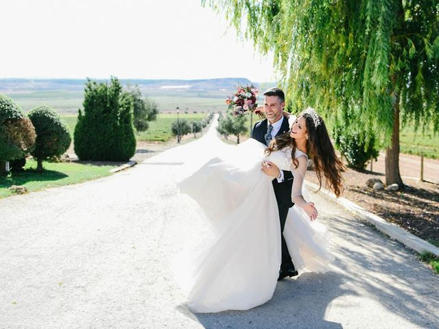 La boda de Juan Fernandez y Teresa Arriazu en Arguedas, Navarra 2