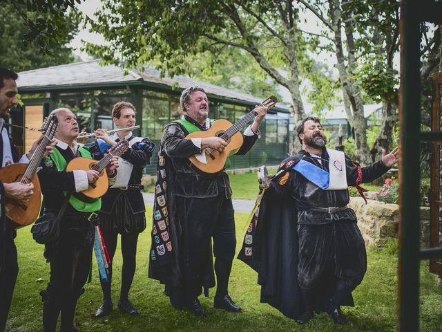 La boda de Marcos y Fátima en Viveiro (Casco Urbano), Lugo 70