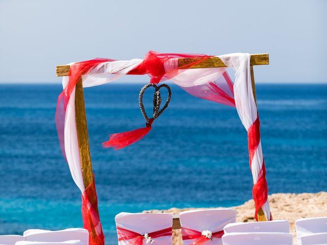 La boda de Ish y Naz en Cala Conta, Islas Baleares 8