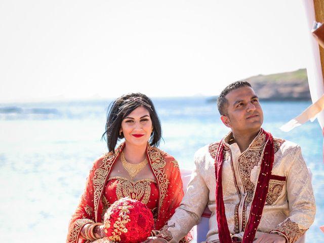 La boda de Ish y Naz en Cala Conta, Islas Baleares 9
