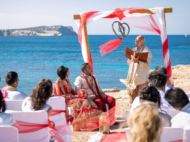 La boda de Ish y Naz en Cala Conta, Islas Baleares 10