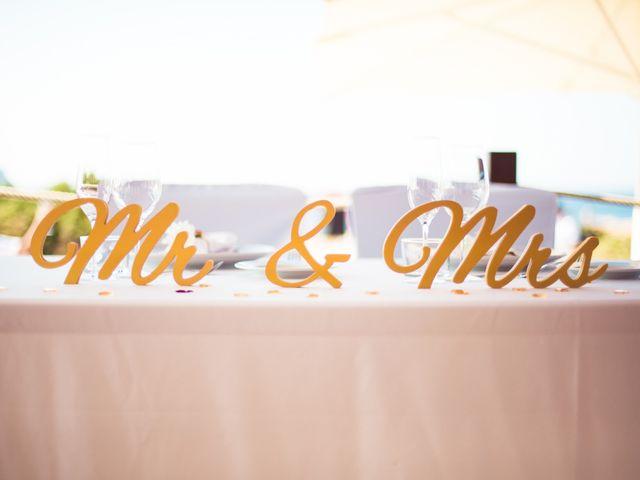 La boda de Ish y Naz en Cala Conta, Islas Baleares 20