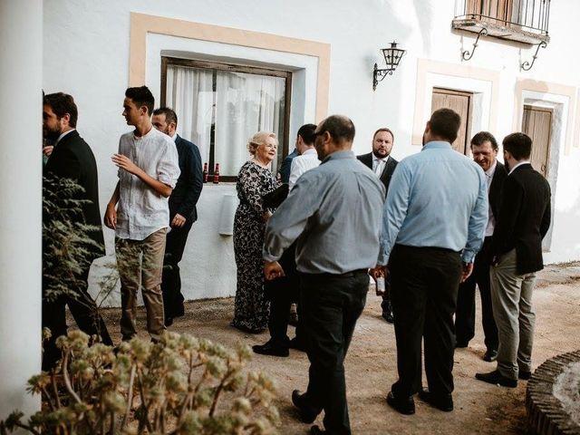 La boda de Carlos y Vanesa en Prado Del Rey, Cádiz 55