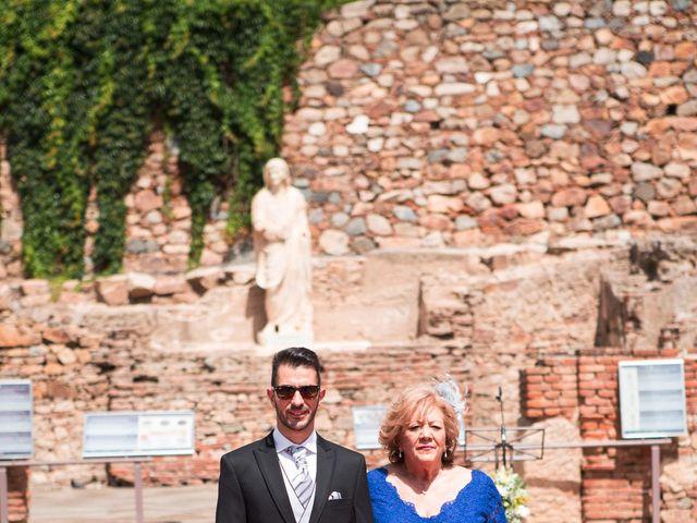 La boda de Alberto y Estíbaliz en Mérida, Badajoz 42
