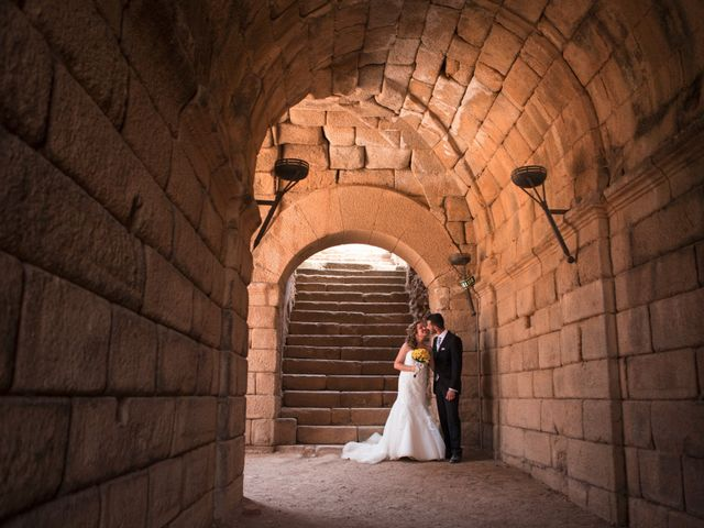 La boda de Alberto y Estíbaliz en Mérida, Badajoz 60