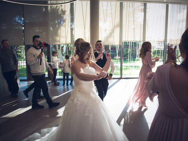 La boda de Cristian y Laura en Torroella De Montgri, Girona 19
