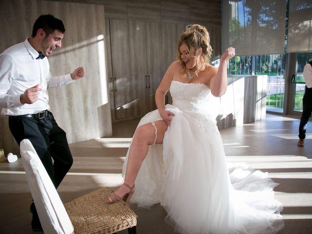 La boda de Cristian y Laura en Torroella De Montgri, Girona 23