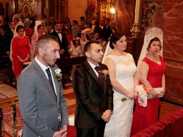 La boda de Chema y Carmen en Sevilla, Sevilla 11
